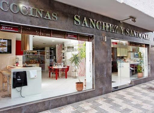 Mobiliario de cocinas y electrodoemsticos en Marbella-Málaga
